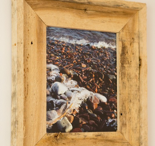 Picture frame made from re-purposed pallet board, originally used to deliver siding to a remodeling project. Approximate size: 11x14.
